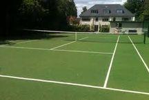 Prive kunstgrasveld / Goedkoop een prive kunstgrasveld geschikt voor tennis, hockey en voetbal laat je plaatsen door experts. Bekijk direct het aanbod op de website van leverancier de Veluwe!