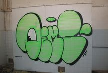 graffiti throw up