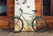 Spino | Bikes / A bicicleta é uma extensão do seu corpo. Cada bicicleta é única, assim como cada ciclista. Nossos projetos são desenhados para necessidades singulares. A produção é artesanal, sob medida e personalizada. Na Spino você colabora com a criação e o nascimento da sua bike. Promovemos relações pessoais, interativas e cientes do processo de produção, onde você pode acompanhar as etapas do processo de fabricação em tempo real, do primeiro sketch à montagem.