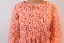 zimné pulovre s norským a plastickým vzorom