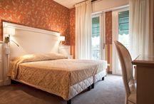 camere Hotel Bell'Arrivo / nuove camere contract hotel realizzazione boiserie, letti, armadiature tutto su progetto e su misura