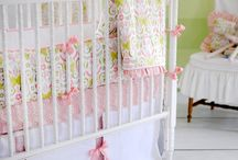 Adorable crib bedding / by Miri Nunes