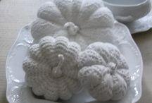 pompoenen / Mijn gehaakte , en jute gemaakte pompoenen