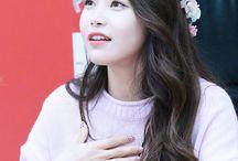 김용선 / MAMAMOO / Solar / Kim Yongsun