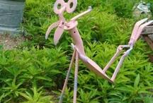 Metal in the Garden / I love metal and rust in my garden.