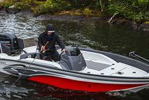 Открытый и скоростной катер Larson FX 1650 SC / Если Вам нравится открытость и скорость, Вы полюбите этот катер, на нем можно отдыхать с семьей и ходить с друзьями на рыбалку. Прочный VEC-корпус, высокоточные технологии при производстве гарантируют мощность и выносливость лодки.