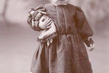 ♥♡♥ Amours d'enfants ♥♡♥ ... / Très anciennes photographies d'enfants depuis le XIXè siècle, de tous temps les enfants sont merveilleux.... ❥ ❥ ❥ ❥ ❥❥ ❥ ❥ ❥ ❥ / by Dona Rodrigue ( 1 ) HISTOIRE