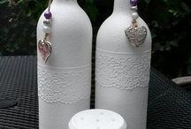 bouteilles blanches dentelles