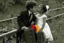 Bambini  innamorati.. Young love