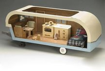 Travelling dollhouse