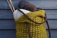 Veske heklet og strikket