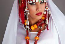 Para pintar / Mujer marroquí