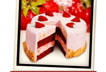 Cold Stone Cakes / Our cakes are hand crafted in store.