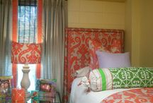 Dorm rooms / by Melanie Mobley