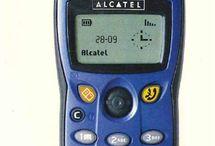 Handymuseum / Nokia 3310, Siemens S35i, Sony CMD-J 5 - gemeinsam in Erinnerung schwelgen. Hier präsentieren wir euch Handy-Klassiker der vergangenen Jahre.