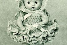 Crochet Doll Patterns / This board has a collection of crochet dolls and doll clothes patterns.