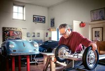 Porsche legendarios en miniatura / Creados para niños, construidos por adultos. Bernd Pennewitz elabora réplicas de Porsche legendarios  en miniatura con motor eléctrico.