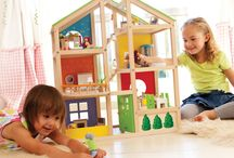 Pretend and Play / Children gain important social, creative and critical thinking skills when learning through play!