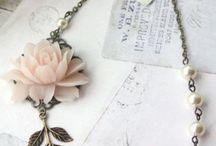 Vintage : Jewelry