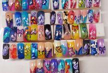 diseños de uñas variados