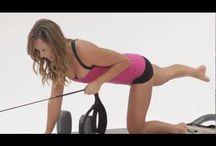 Pilates Reformer / Exercise on the reformer
