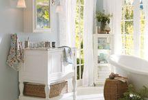 Bathrooms / Calgary Alberta bathroom ideas and inspiration for renovations.