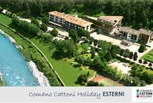 Comano Cattoni Holiday_ESTERNI / Scopri l'hotel del Comano Cattoni Holiday - hotel benessere in Trentino situato tra le Dolomiti di Brenta e il Lago di Garda. Assapora il piacere di regalarsi una vacanza alle Terme di Comano in Trentino. #comanocattonilovers #trentino #hotelbenessere #termecomano