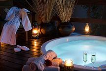 Surprise romantic Jacuzzi or bath / Magic in the bush topic - images and links to surprise romantic Jacuzzis or baths offered at lodges