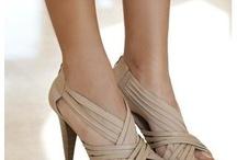 ♥High Heels♥ / by Maria Carrasco