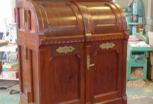 Restoration of an 1880s Wooton Desk / Restoring a Wooton Desk.