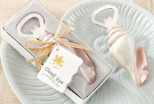 Wedding Favors / Charming wedding favor ideas for your big day! Thank your guests for sharing your wedding day with some captivating wedding favors for all occasions.