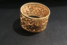 Colombian Artisans / 18k Filigree rings, necklaces, and earnings made by hand using threads of gold.