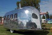 trailers - preferably vintage / by Catherine Bailey (Heath Ceramics)