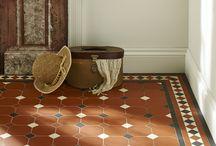Floor tiles / arundel or York style
