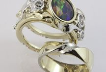 Abrecht Bird coloured gemstone rings