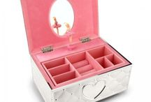 Gifts for Young Girls / Gift ideas for children from Lenox, Lladro, Snowbabies, and Nao