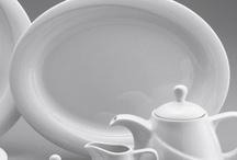 Colectia de vase X-Tambul / Vasele fac parte din colectia X-Tambul. Sunt realizate din portelan alb, lucios, au forme armonioase si design elegant. Sunt ideale pentru hoteluri si restaurante.