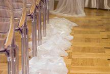 Fehér esküvői dekorációk / Tisztaság, elegancia??? Mindenkinek más-más jut róla eszébe. De biztos, hogy a leggyakrabban használt szín, az esküvőkön: a FEHÉR.