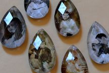 Resimli kristaller