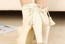 High Heeled Boots / Booties