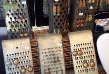 °° Support bijoux °° / Idées de mise en scènes de stand de bijoux, de support de bijoux chic et original.