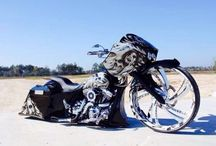 motorcycles - baggers