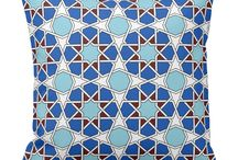 Islamic geometric patterns / Islamic geometric patterns and designs through the ages. Modern as well ancient.