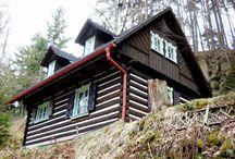 Domky a chaloupky /  Převážně vesnické domky a chalupy v Česku i Německu.