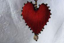 nåltovade smycken