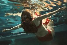 Underwater paintings / Paintings by artists of figures in water