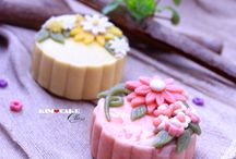 mooncake decor