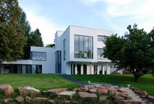 Modern Villas / Luxurius design houses with the aura of a most personal lifestyle