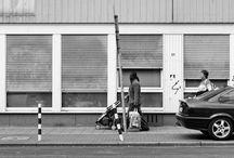 Walking on the street / Mentre si aspetta l'autobus che ti porta in aeroporto c'è chi legge, chi gioca a candy crush, chi ascolta musica e chi... fotografa i passanti. Altre immagini sulla pagina Facebook https://www.facebook.com/media/set/?set=a.641865805844778.1073741859.266266456738050&type=3