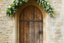 Notley Abbey wedding flowers / Wedding flowers created by Joanna Carter Contemporary Flowers for Notley Abbey weddings.